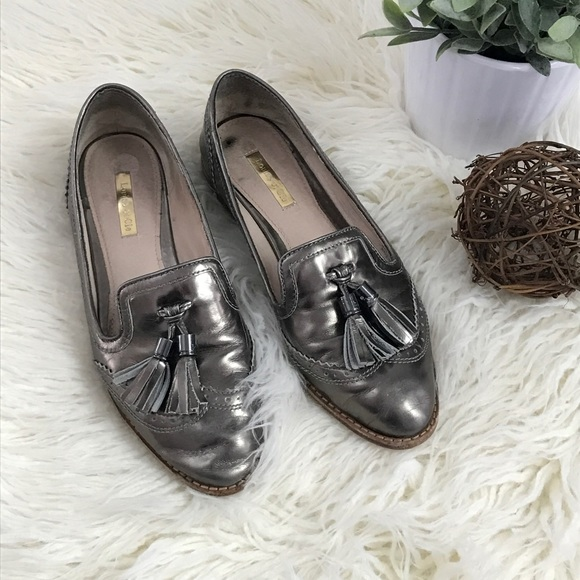 bfed4f76f8e LOUISE ET CIE Joey Gray Metallic Tassle Loafer